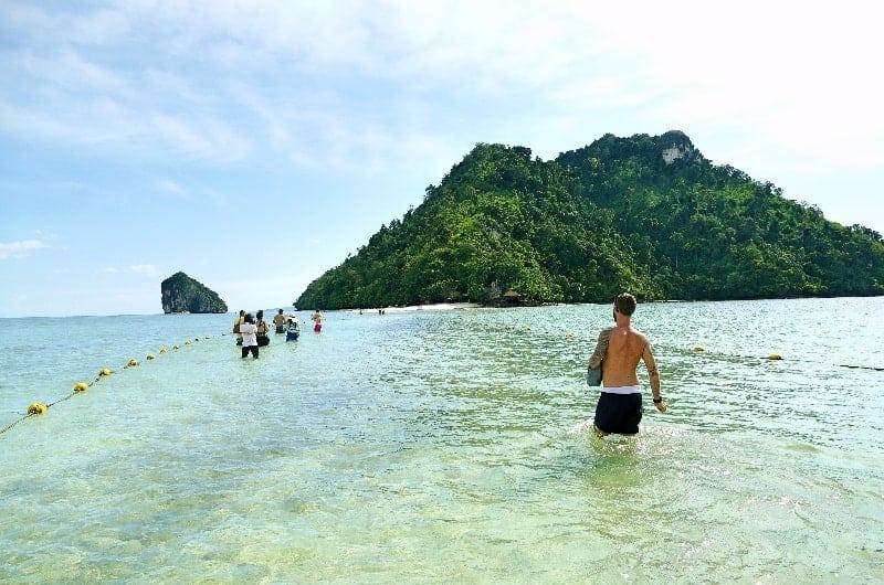 phi phi island tour from krabi